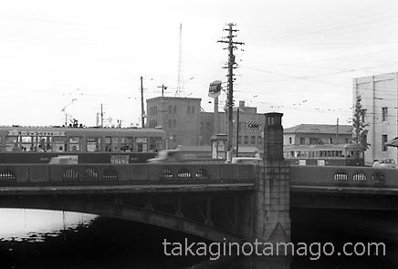 西長堀橋を渡る大阪市電3001型