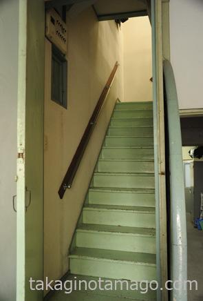 豊中倶楽部の階段