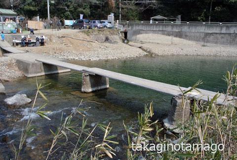 北田原の流れ橋